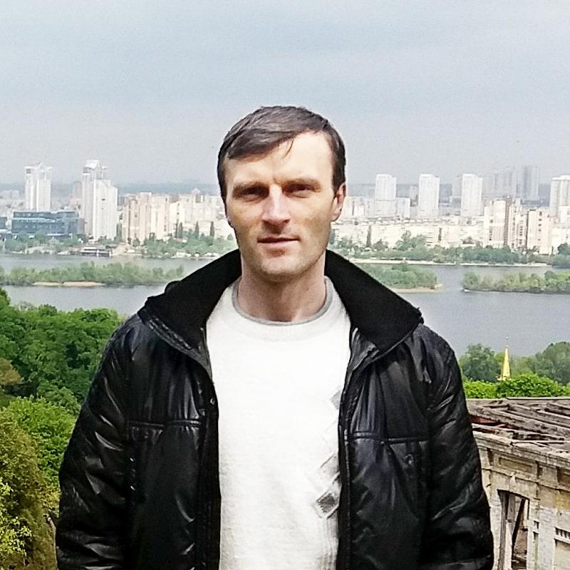 Eduard Manzhara